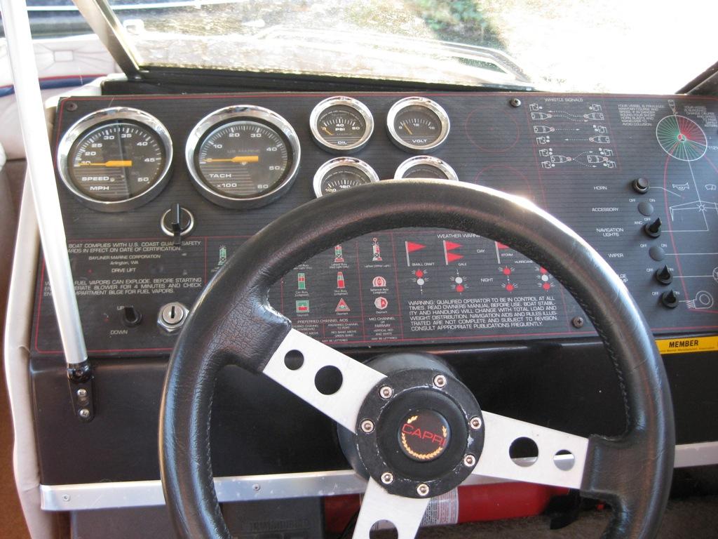 [SCHEMATICS_43NM]  1985 Bayliner Capri 1950   1985 Bayliner Tachometer Wiring      Designs Divine